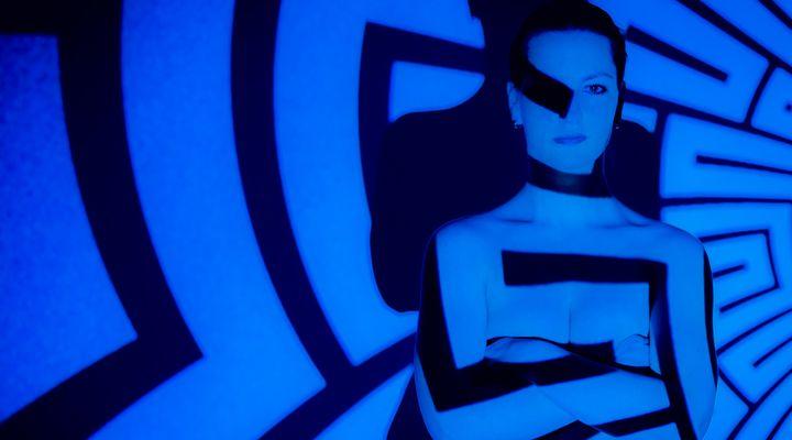 Für weitere Info hier klicken. Artikel: Textures on Skin - Projektionsfotografie 24.03.18