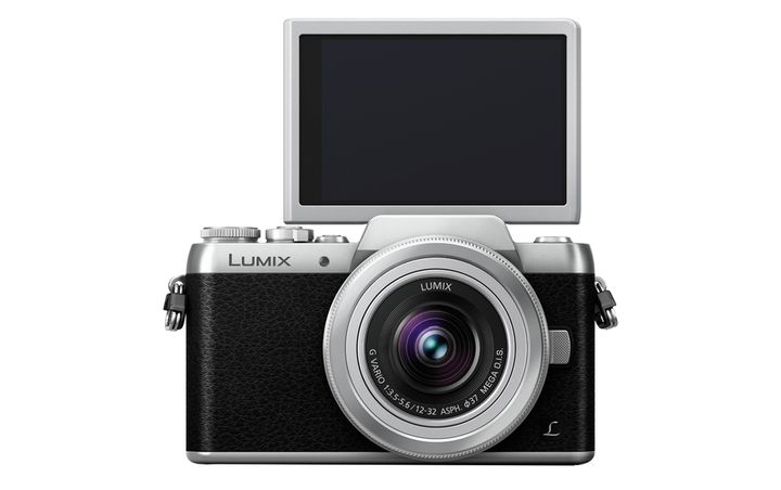 Für weitere Info hier klicken. Artikel: Panasonic Lumix DMC-GF7,AF 12-32 Micro Four Thirds schwarz-silber
