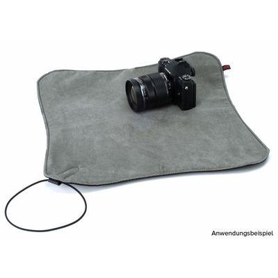 Für weitere Info hier klicken. Artikel: Artisan&Artist A&A ACAM-80 Einschlagtuch schwarz-grau