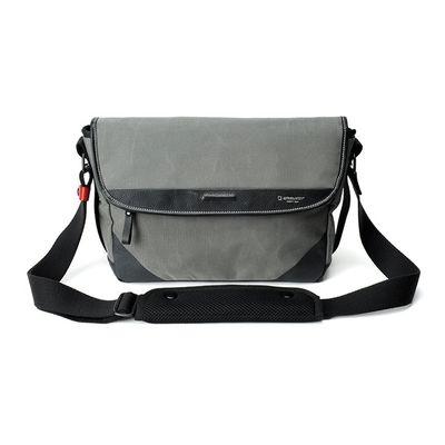 Für weitere Info hier klicken. Artikel: Artisan&Artist A&A ACAM-9000, Messenger-Tasche grau