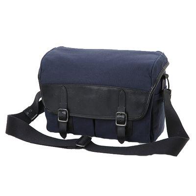 Für weitere Info hier klicken. Artikel: Artisan&Artist Tasche CLCAM -1000 blau