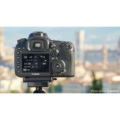 Für weitere Info hier klicken. Artikel: Canon EOS 7D Mark II Gehäuse + WiFi Adapter W-E1 - Ausstellungsstück