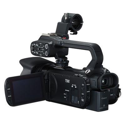 XA30 Professioneller Camcorder