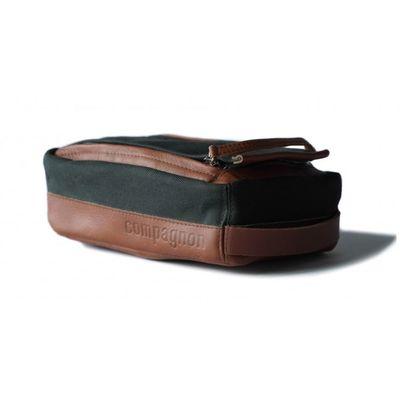 Für weitere Info hier klicken. Artikel: Compagnon Tasche the toolbag grün-braun
