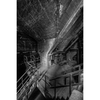 Für weitere Info hier klicken. Artikel: Menschen und Maschinen - Industriefotografie und Industriekultur in Duisburg 07.07.19