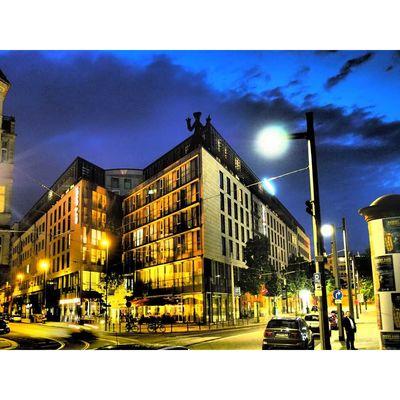 Für weitere Info hier klicken. Artikel: Olympus Streetfotografie - Stadtspaziergang 19.10.19