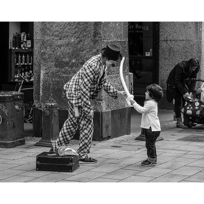 Für weitere Info hier klicken. Artikel: Streetfotografie 27.05.17