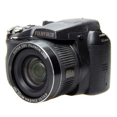 Für weitere Info hier klicken. Artikel: Fujifilm Finepix S3300 -Second Hand-