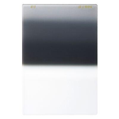 Für weitere Info hier klicken. Artikel: LEE Filters 100mm Reverse Grad ND 1.2 Filter - Grauverlaufsfilter mit umgekehrtem Verlauf (+4 Blenden)
