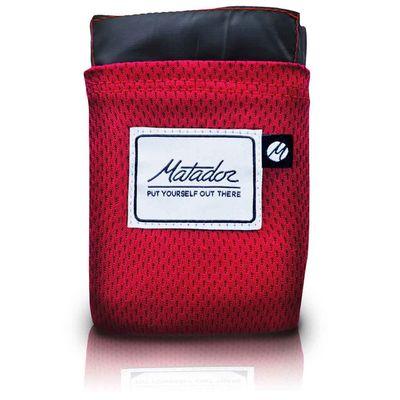 Für weitere Info hier klicken. Artikel: Matador Pocket Blanket 2.0 wasserfeste Falt-Decke 160 x 110 cm mit Mini-Packmaß - z.B. als Picknickdecke oder Zubehör-Unterlage rot
