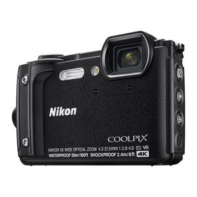 Für weitere Info hier klicken. Artikel: Nikon Coolpix W300 Holiday Kit schwarz
