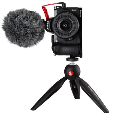 Für weitere Info hier klicken. Artikel: Nikon Z50 Vlogger KIT + DX 16-50 mm VR + Video Zubehör