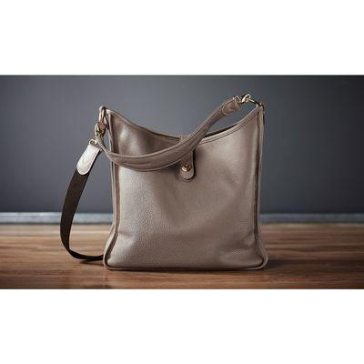 Für weitere Info hier klicken. Artikel: Oberwerth Damentasche KATE vergoldete Beschläge Leder basalt (seidengrau)