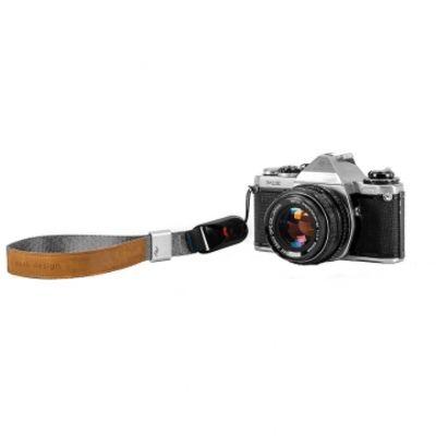 Für weitere Info hier klicken. Artikel: Peak Design Cuff Ash Handschlaufe (Handgelenkschlaufe) - z.B. für DSLR-Kameras, Systemkameras oder Kompaktkameras ash