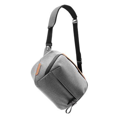 Für weitere Info hier klicken. Artikel: Peak Design Everyday Sling 5L Fototasche für kleine DSLRs und DSLM-Kameras Ash
