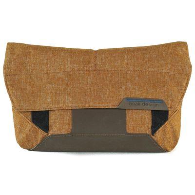 Für weitere Info hier klicken. Artikel: Peak Design Field Pouch Heritage Tan Zubehörtasche für Everyday Messenger Bag - auch als Gürteltasche / Umhängetasche für DSLM-Kamera nutzbar (hellbraun)