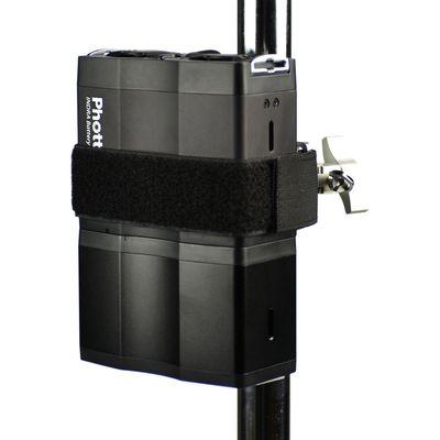 Für weitere Info hier klicken. Artikel: Phottix Indra Battery Pack Light Stand Mount