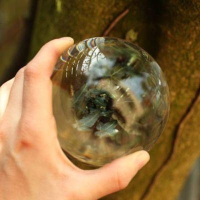 Für weitere Info hier klicken. Artikel: Q&L Glaskugel Lensball 90 mm