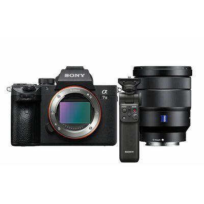 Für weitere Info hier klicken. Artikel: Sony Alpha 7 III (ILCE-7M3) Gehäuse + Zeiss Vario-Tessar T* SEL 16-35mm f/4,0 OSS ZA + Bluetooth Griff GP-VPT2BT