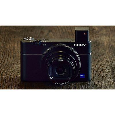 Für weitere Info hier klicken. Artikel: Sony CyberShot DSC-RX 100 VI
