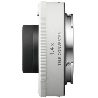 Für weitere Info hier klicken. Artikel: Sony Telekonverter 1,4x (SEL-14TC) für SEL70200GM Sony FE-Mount