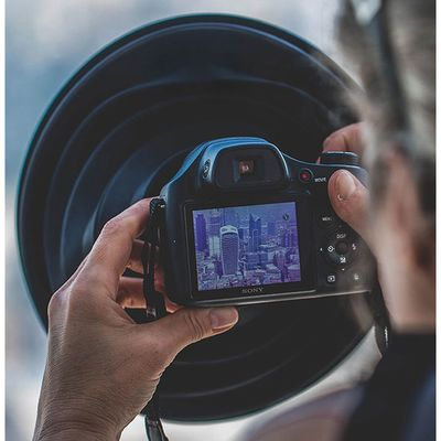 Für weitere Info hier klicken. Artikel: Ultimate Lens Hood Spezial-Gegenlichtblende für Objektive ab 60 mm Durchmesser