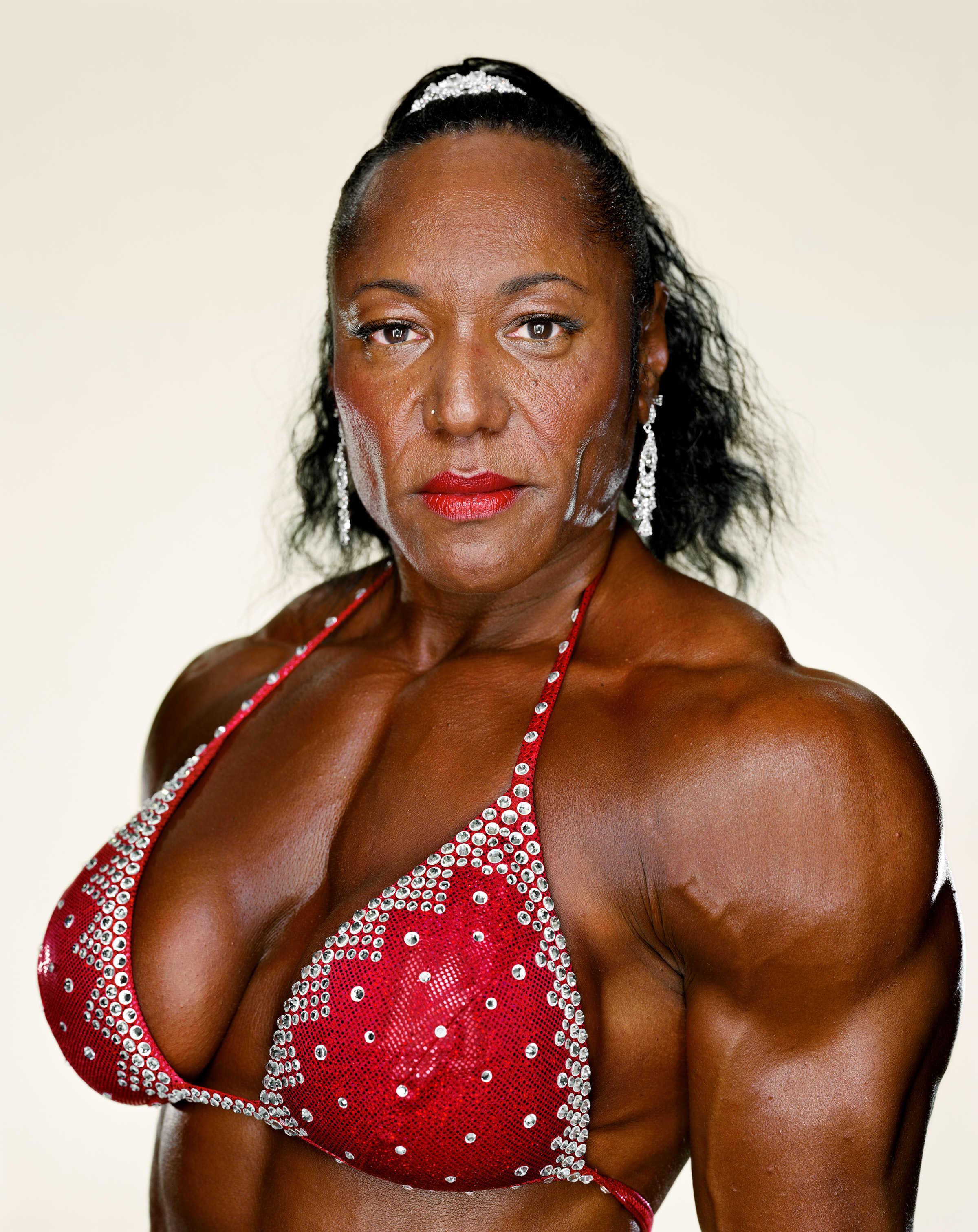 Martin Schoeller: Female Bodybuilders: Carmella Cureton, 2007 © Martin Schoeller