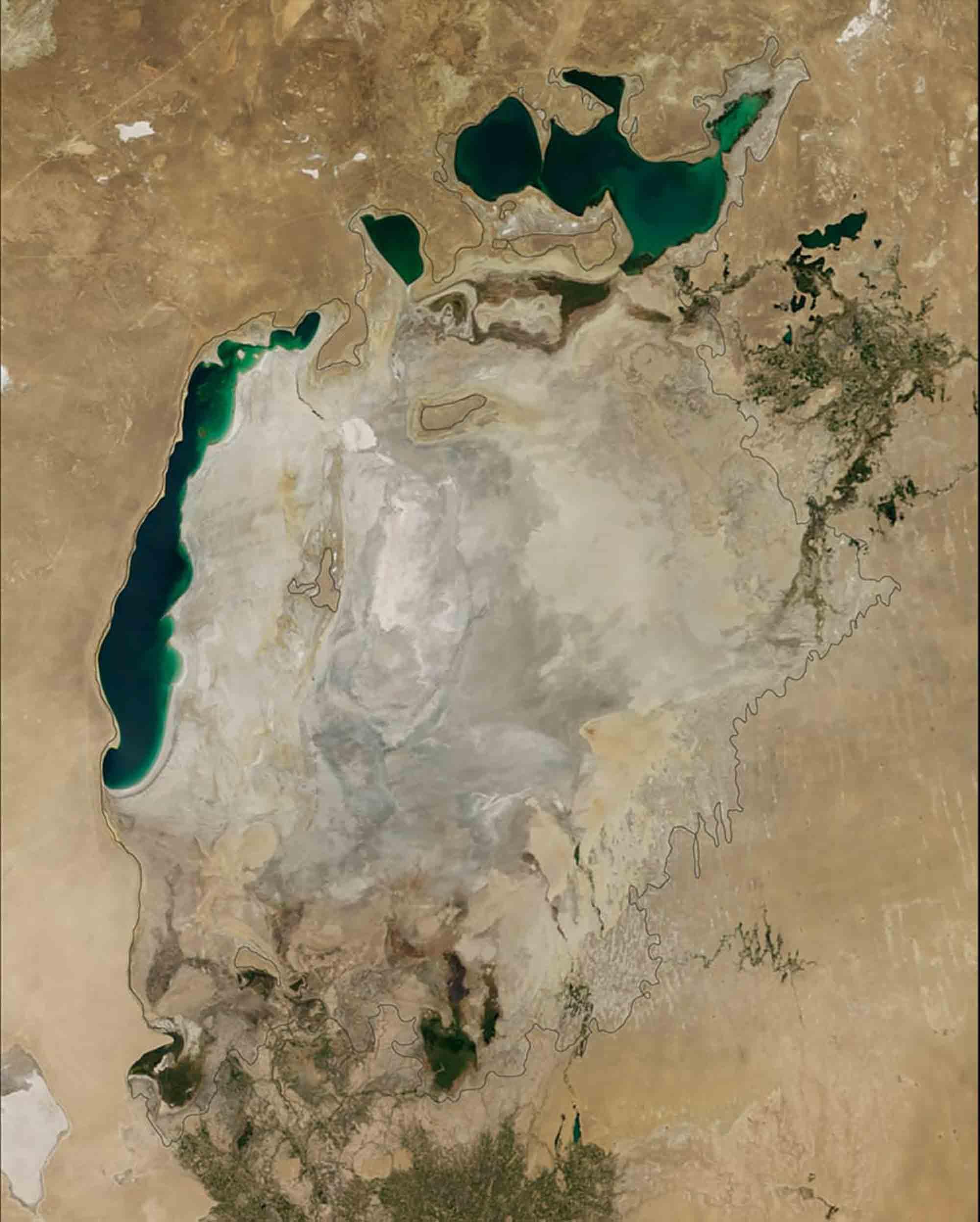 Aralsee 2014 / Earth Observatory NASA