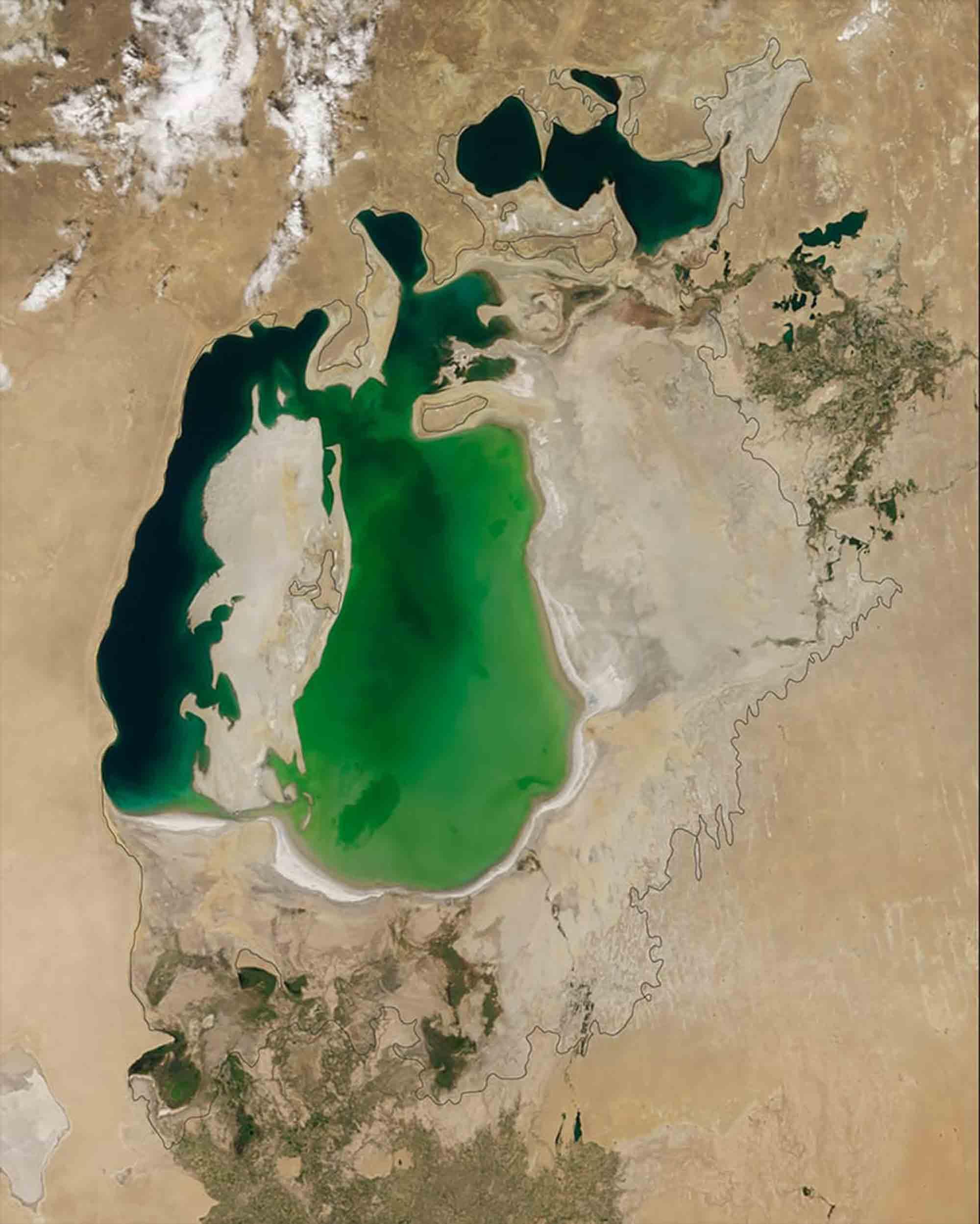 Aralsee 2000 / Earth Observatory NASA