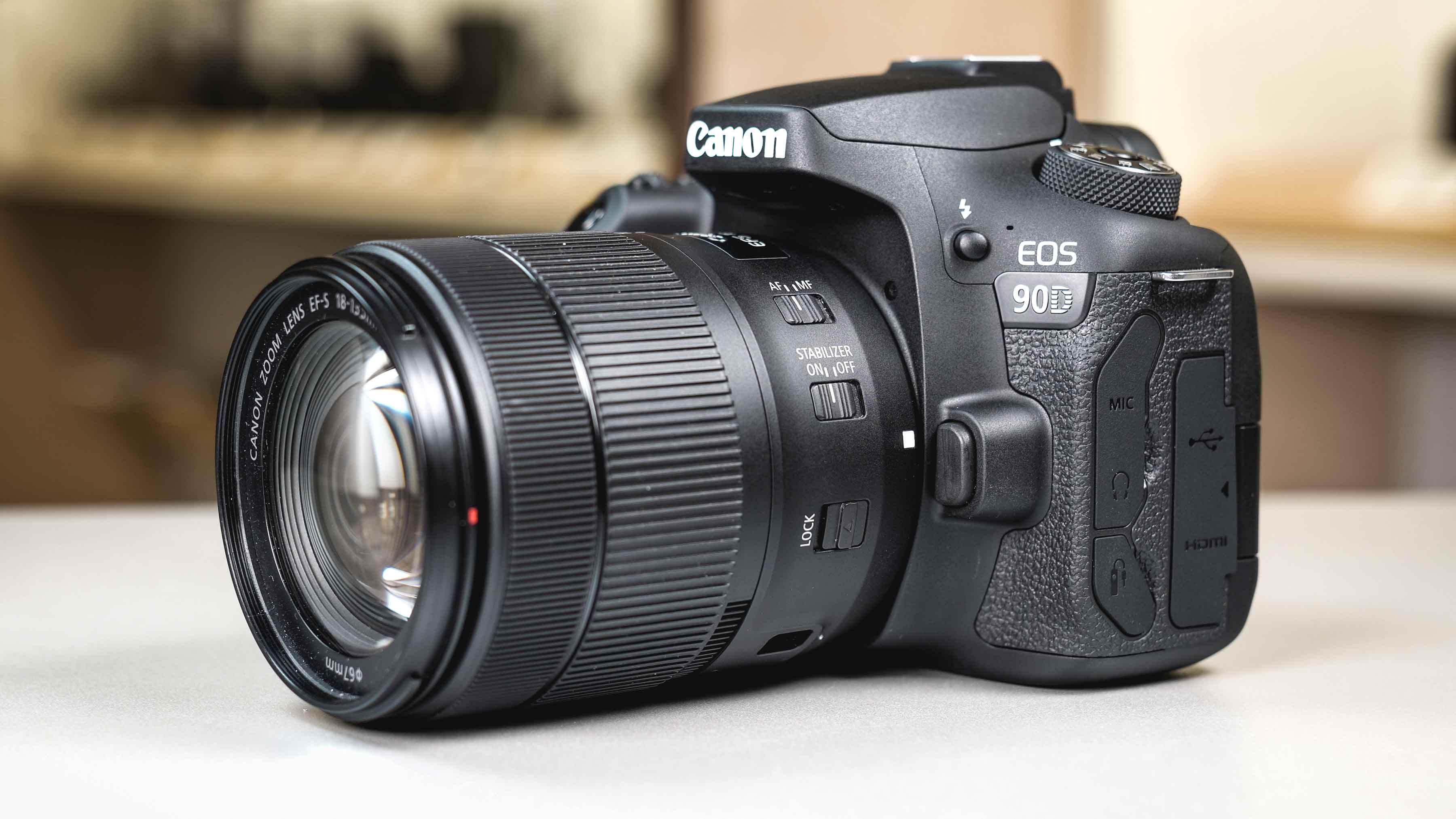 Canon EOS 90D vs 80D
