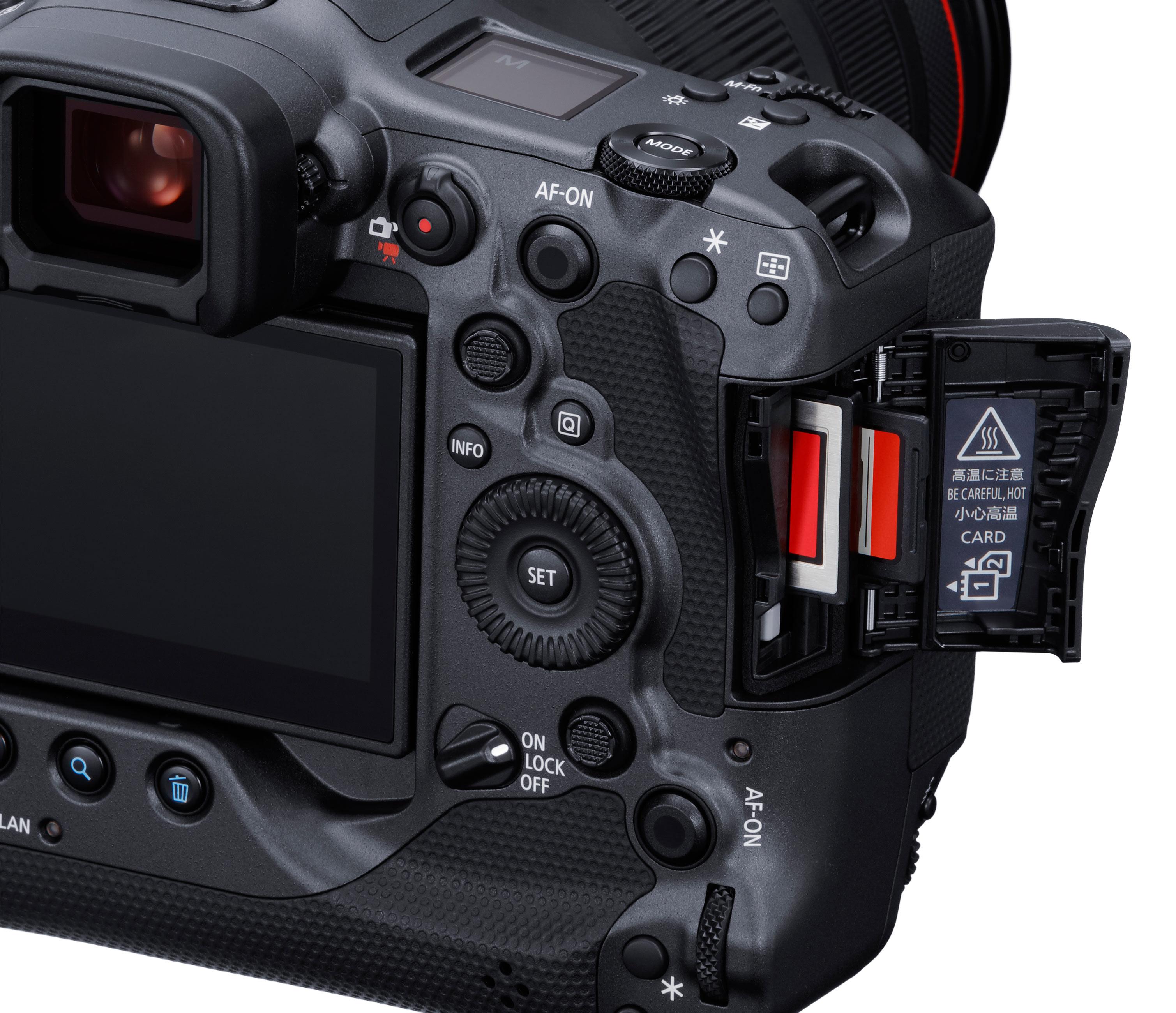 Canon EOS R3 Speicherkartenslots