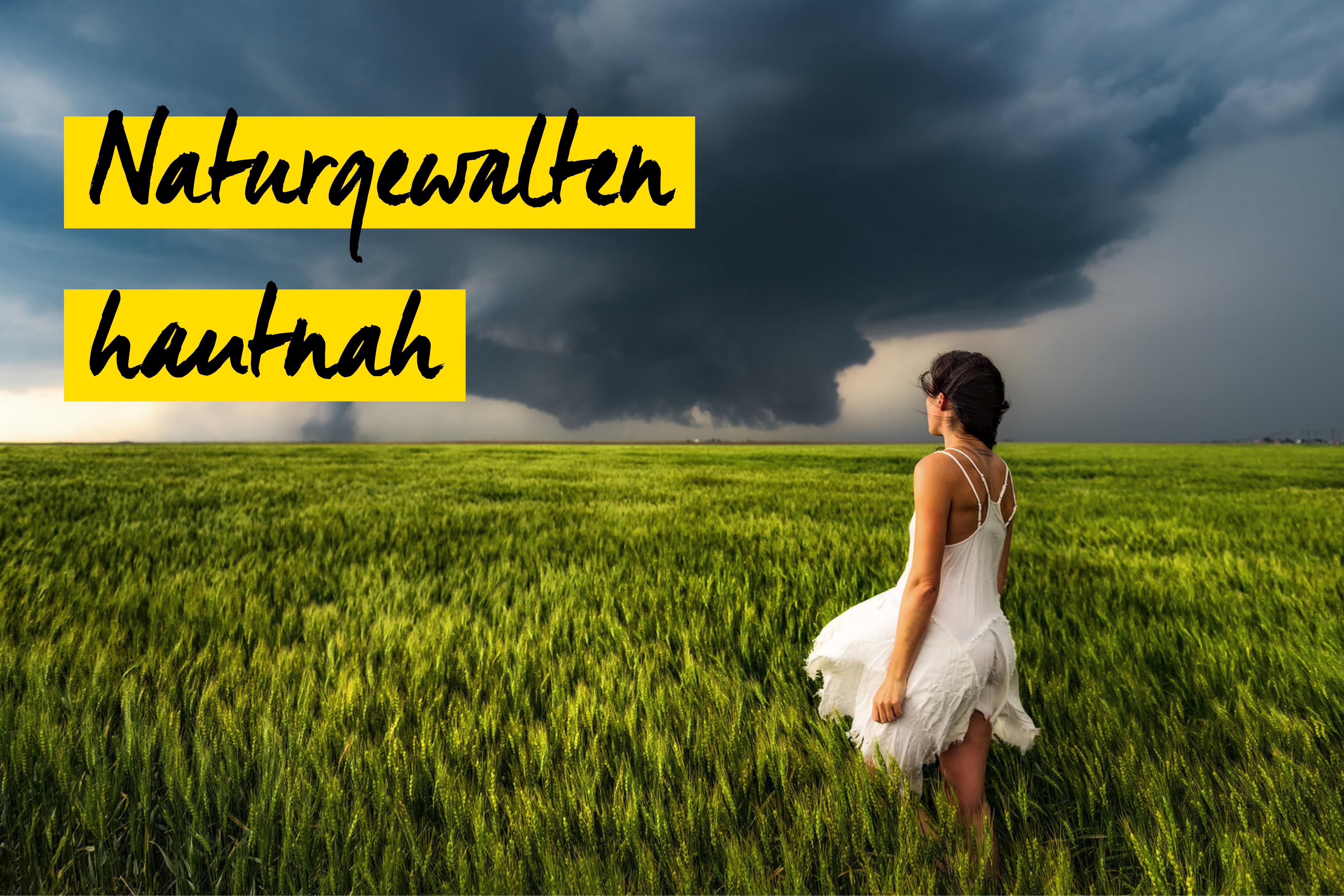 Sturm mit Frau auf Feld