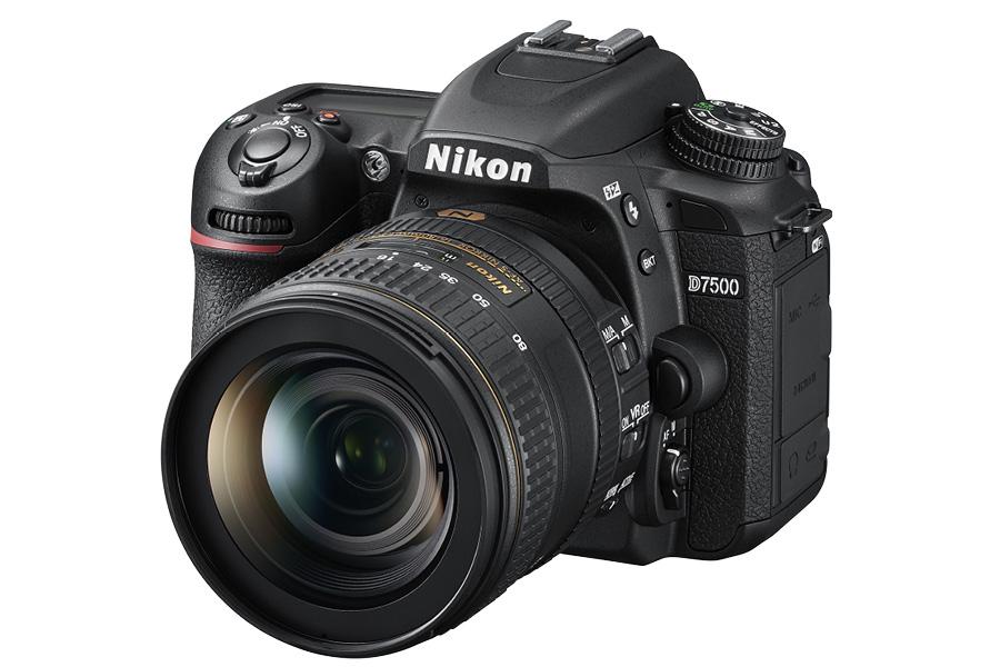 Neuheit Nikon D7500 16-80 left