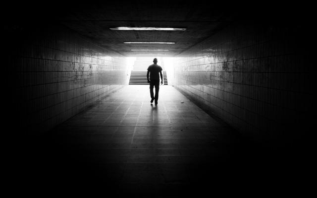 Licht am Ende des Tunnels, Köln von Thomas Leuthard
