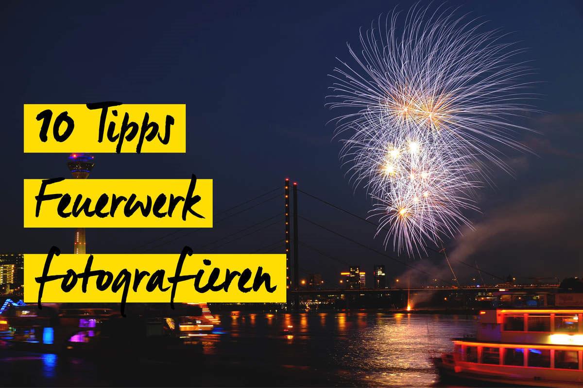 Feuerwerk �ber Stadt